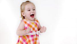 девочка два года